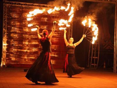 spektakl - Ja gore - taniec z ogniem