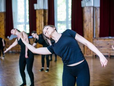 Zajęcia Tańca Jazzowego - Mazowiecka Akademia Tańca Fot. Karolina Gmurczyk