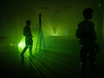 Fotorelacja NOWE FORMY TEATRU - pokaz prac projektu badawczego Wearable Theatre z Saint Pölten University of Applied Sciences w Austrii