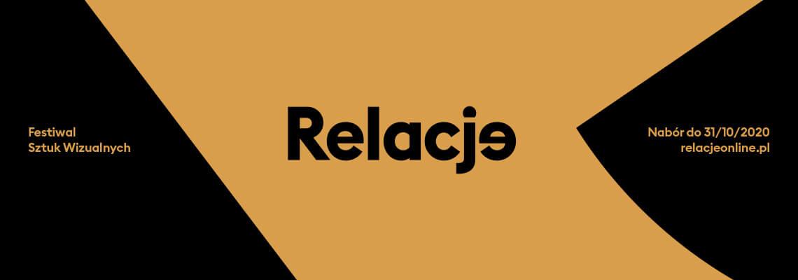 czarno-żółte pole z napisem relacje