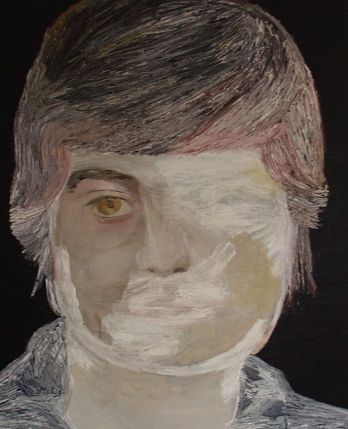 twarz kobiety, częściowo zamalowana lub niedomalowana