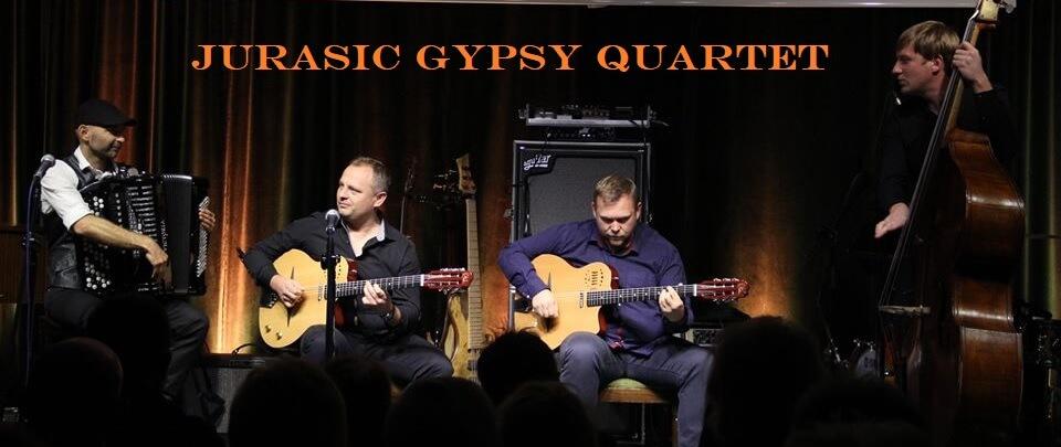 czterech muzyków dwóch z gitarami, akordeonista i kontrabasista