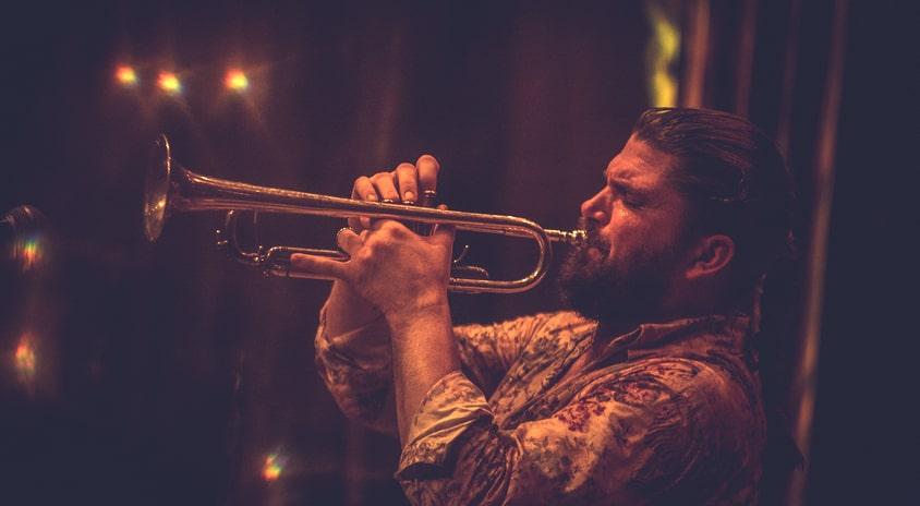 Piotr Damasiewicz Into the Roots – etniczność, improwizacja, jazz | Fotorelacja z koncertu cyklu Space of Jazz, 23.06. 2021 r.